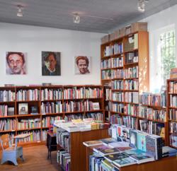192 books
